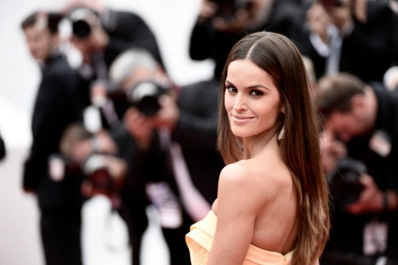 Cannes 2015 trucco e capelli: Izabel Goulart