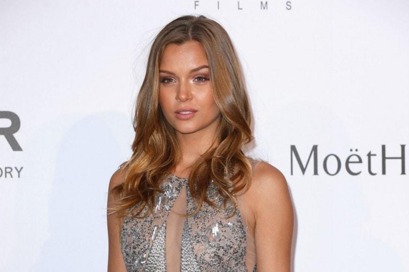 Cannes 2015 trucco e capelli: Josephine Skriver
