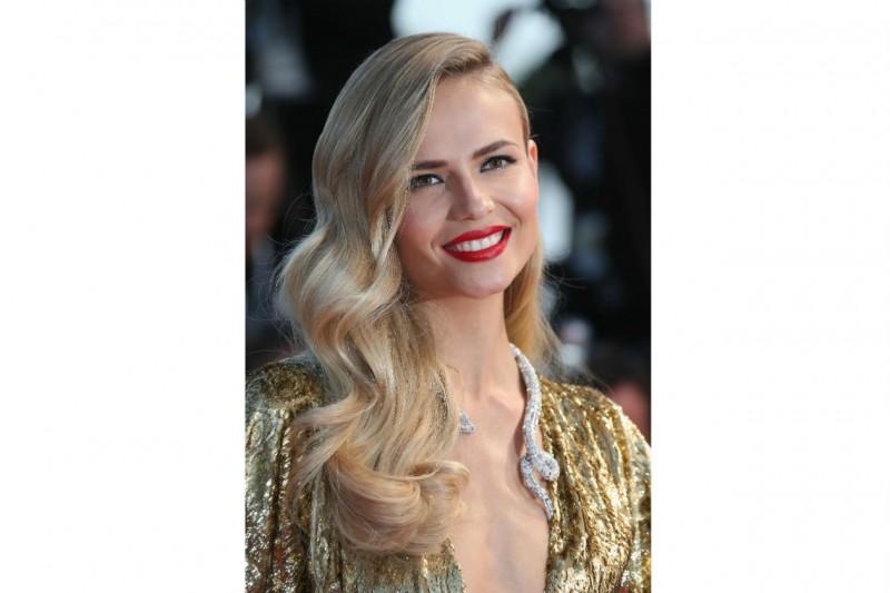 Cannes 2015 trucco e capelli: Natasha Poly
