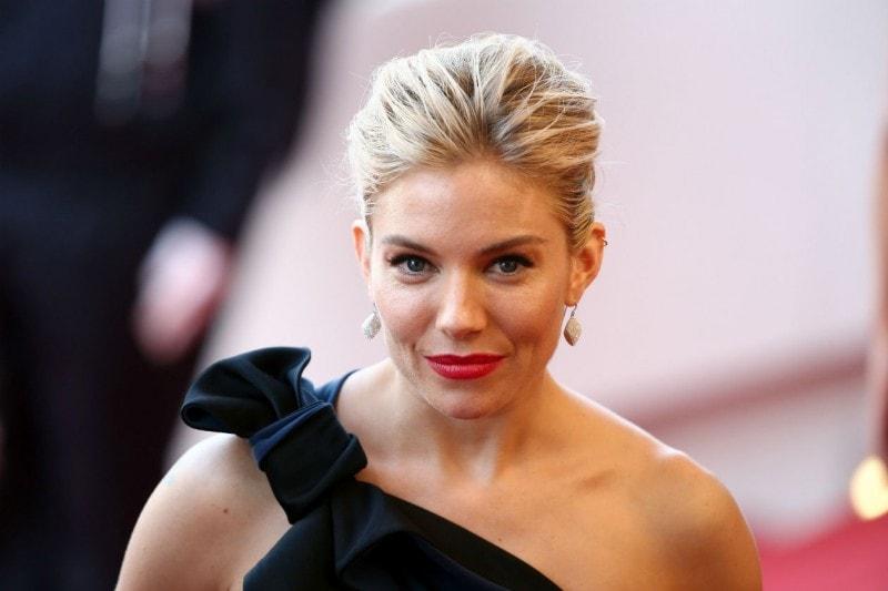 Cannes 2015 trucco e capelli: Sienna Miller