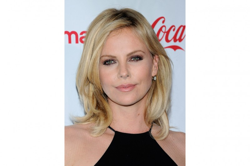 Charlize Theron trucco: focus on eyes