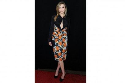 Elizabeth Olsen: lady like in abito midi