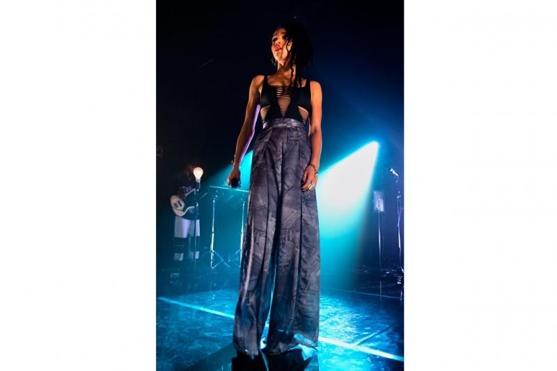 FKA Twigs sul palco