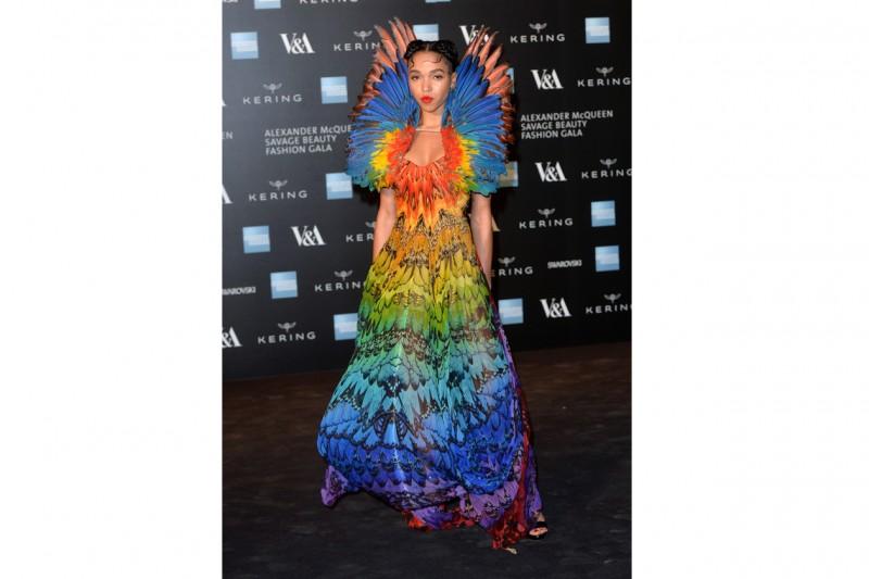 FKA Twigs In Alexander McQueen al gala di Savage Beauty