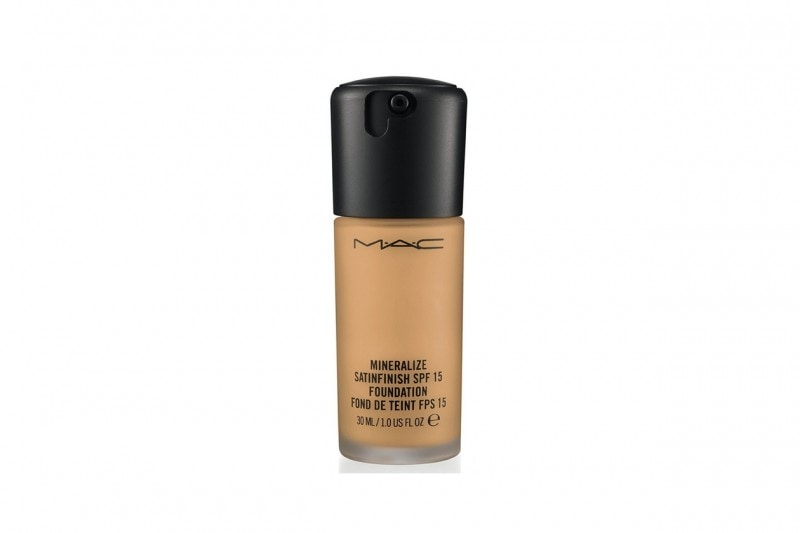 Fondotinta per la pelle mista: MAC Cosmetics Mineralize Satinfinish Foundation