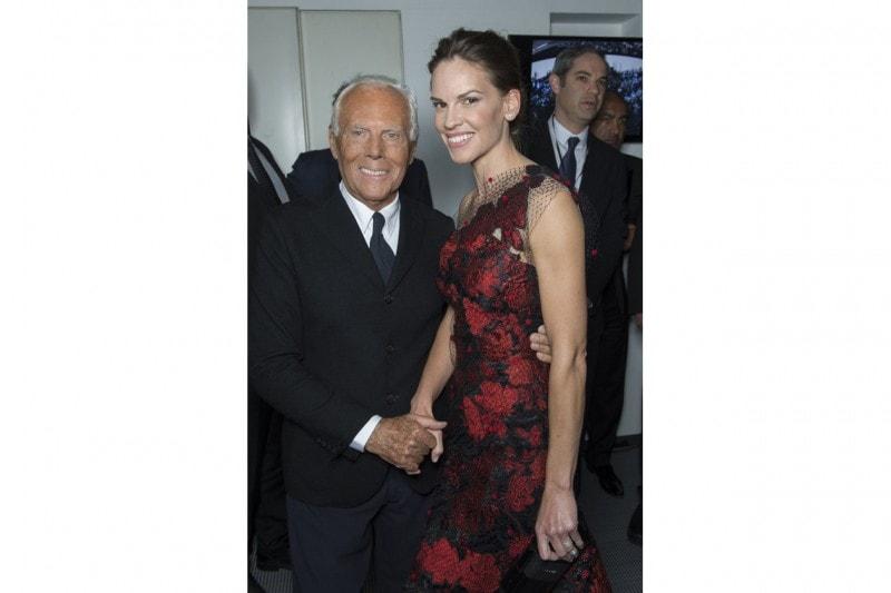 Giorgio Armani e Hilary Swank
