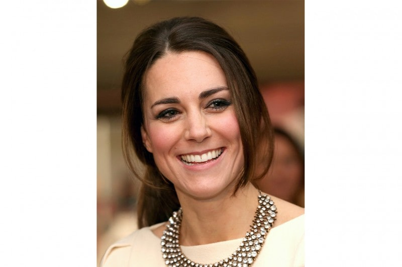 Kate Middleton make up: ombretto luminoso e matita occhi antracite