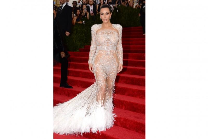 Kim Kardashian: in abito Roberto Cavalli