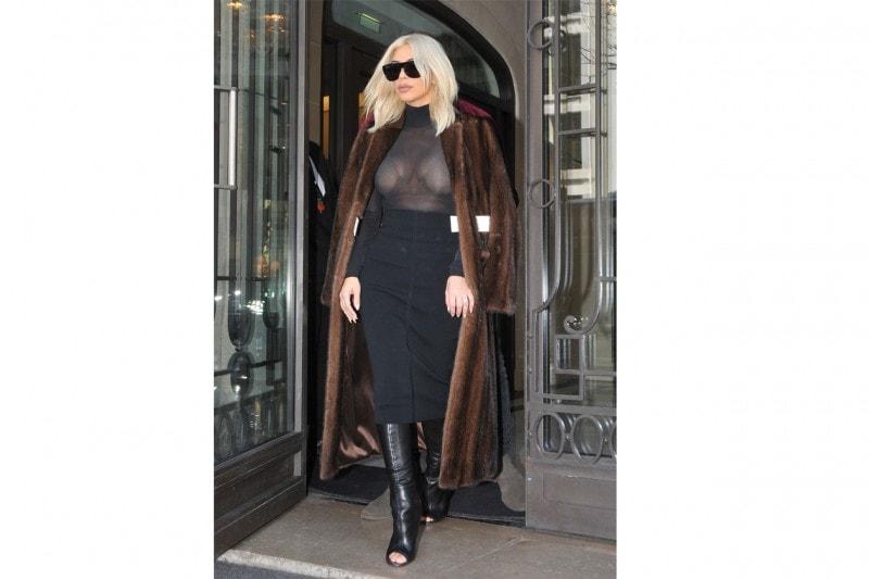 Kim Kardashian: rigorosa in longuette