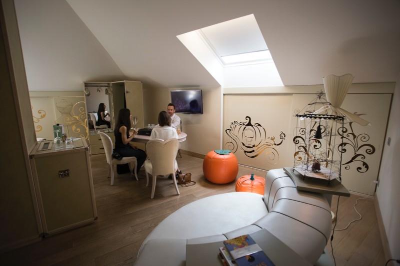 La romantica suite presso Château Monfort