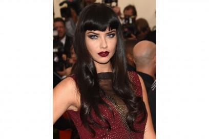 MET Gala 2015 Beauty Look: Adriana Lima