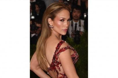 MET Gala 2015 Beauty Look: Jennifer Lopez
