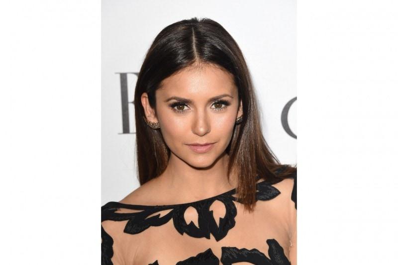 Nina Dobrev make up: ciglia finte e lenti a contatto colorate
