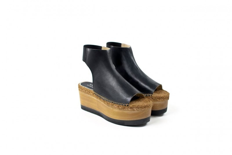 Pantaloni a zampa e scarpe: PALOMA BARCELO