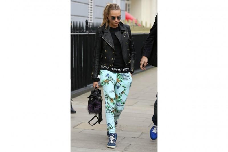 Pantaloni della tuta: Cara Delevingne