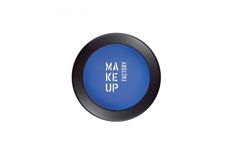 Trucco blu: Mat Eye Shadow in 55A Cobalt Blue di Make up Factory