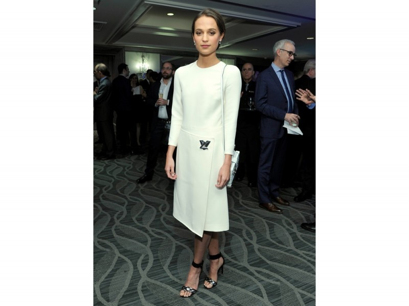 alicia vikander total look louis vuitton
