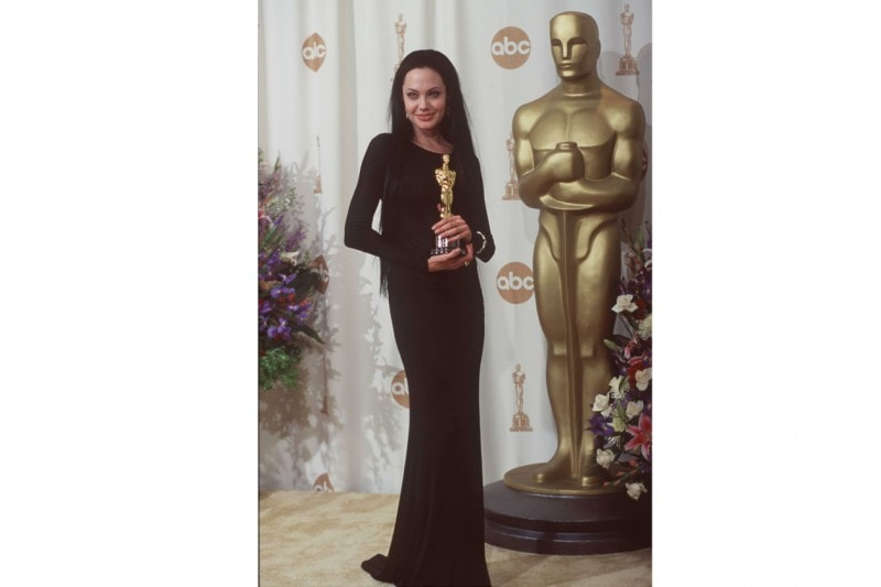angelina jolie: like Morticia