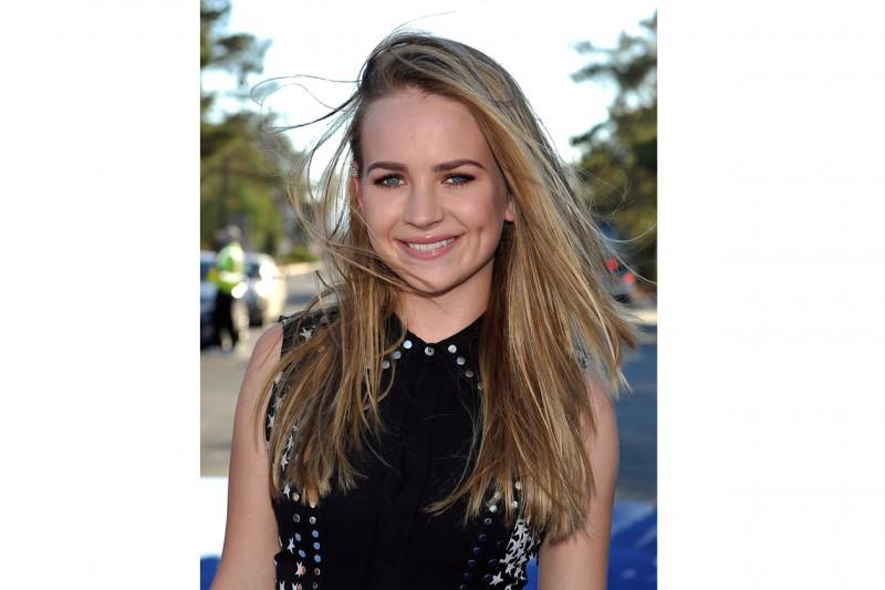 Britt Robertson capelli: lunghezze bronde