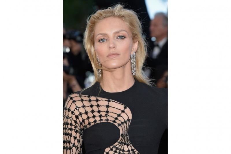 Cannes 2015 trucco e capelli: Anja Rubik