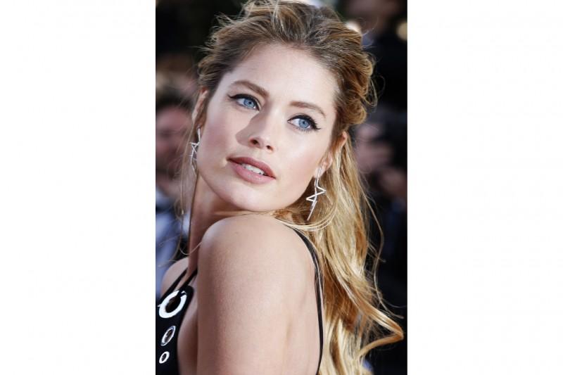 Cannes 2015 trucco e capelli: Doutzen Kroes