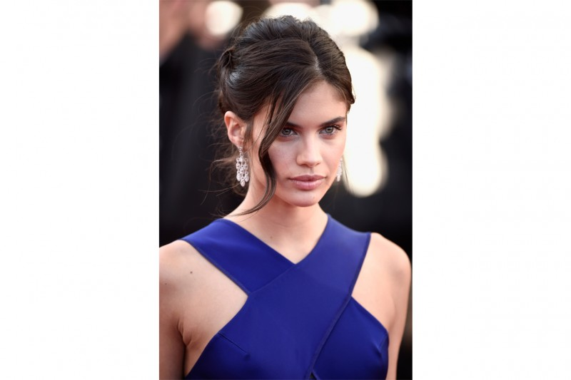 Cannes 2015 trucco e capelli: Sara Sampaio