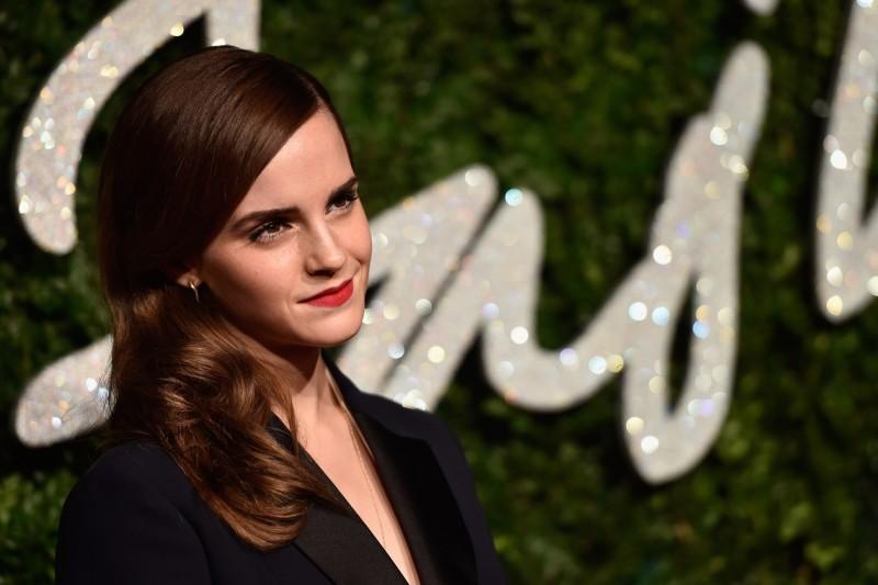 Emma Watson capelli: raccolto basic