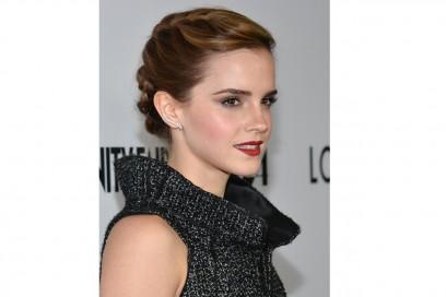 Emma Watson capelli: raccolto con treccia
