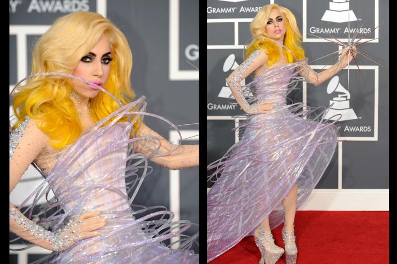 2010: Lady Gaga ai Grammy Awards