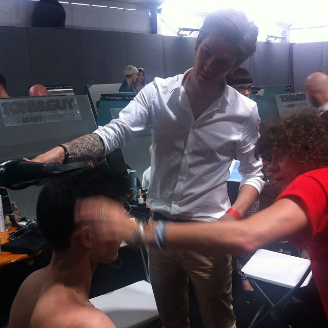#grazialovesbackstage Mark Hampton #hairstyling @viviennewestwoodofficial #toni&guy