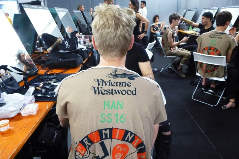 Backstage Vivienne Westwood: il logo