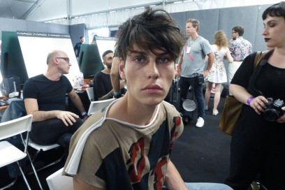 Backstage Vivienne Westwood: make up trasparente