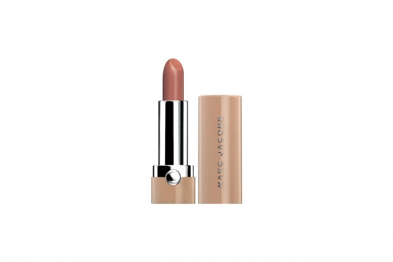 COME TRUCCARSI CON UN LOOK COLORATO EFFETTO RAINBOW: NUDE CON IL ROSSETTO NEW NUDES DI MARC JACOBS BEAUTY