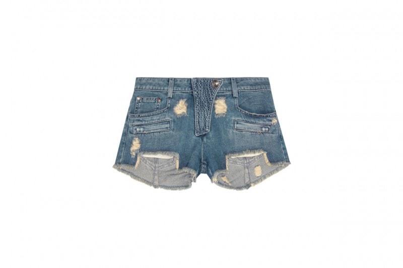 Come non vestirsi in città d'estate: gli shorts troppo corti