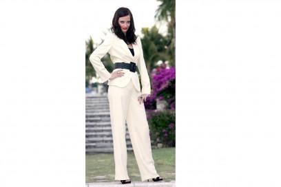 Eva Green: maschile in total white