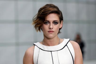 Kristen Stewart capelli: corto con ciuffo