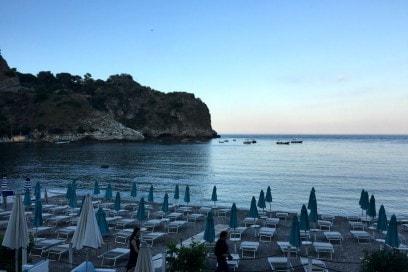 La spiaggia di Taormina