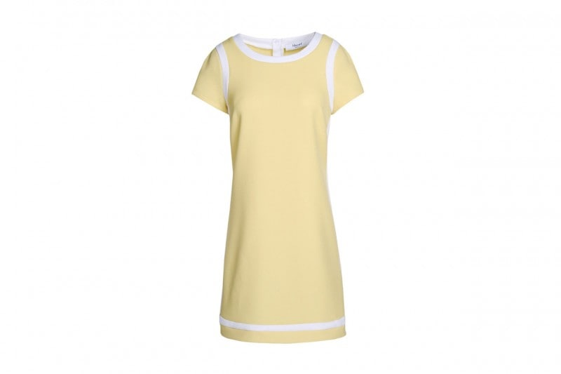 """La tendenza dallo street style: l'abito giallo """"camomilla"""" di blugirl"""