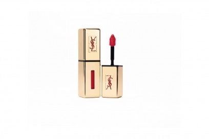 Rossetto rosso: YSL Rouge Pur Couture Vernis à Lèvres 9 Rouge Laque