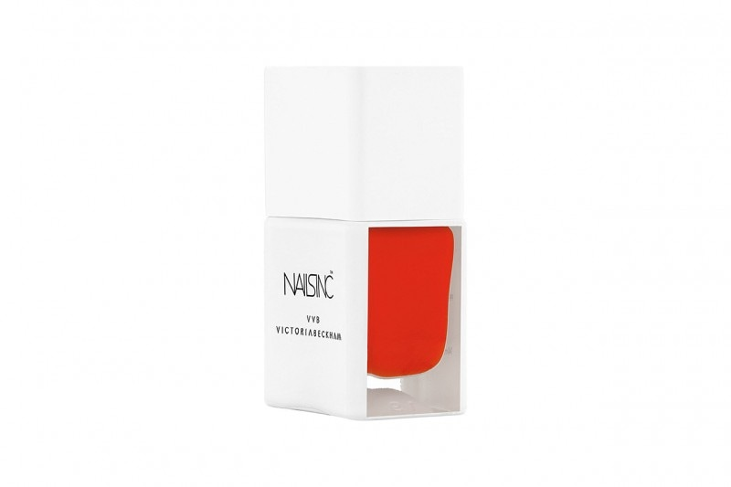 Smalti corallo: NAILS INC by Victoria Beckham Judo Red