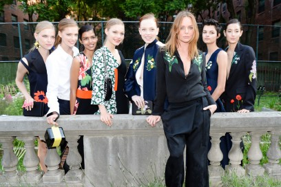 Stella McCartney gruppo di modelle