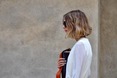 Tendenze capelli dallo street style a Milano: carré mosso