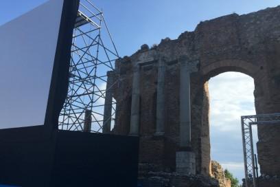 Uno spettacolo al teatro antico