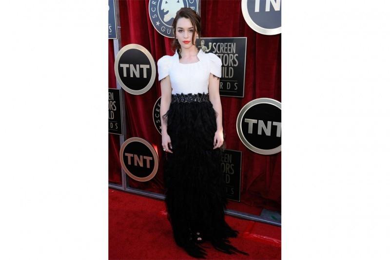 emilia clarke in abito Chanel
