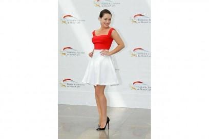 emilia clarke: look neo new look