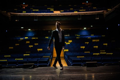 La Milano di Gabrio Gentilini: Il palcoscenico del Barclays Teatro Nazionale