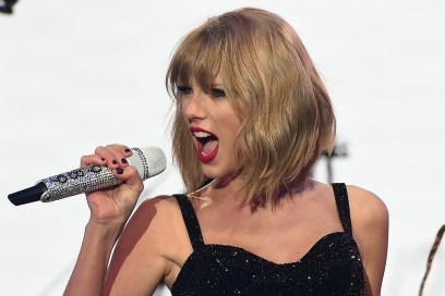 TAYLOR SWIFT CAPELLI: ROCK