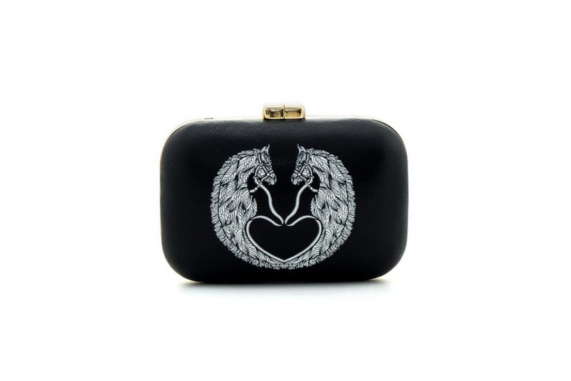 BORSA CLUTCH: AEVHA LONDON