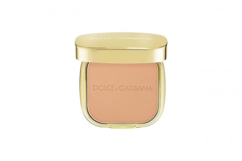 Fondotinta compatti: Dolce & Gabbana Perfect Finish Matte Powder Foundation