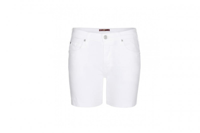 LOOK ANTI-CALDO: SHORTS 7 FOR ALL MANKIND